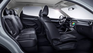 Moto_MG-ZS_Feature_Side-view-interior_ME_black_optimize